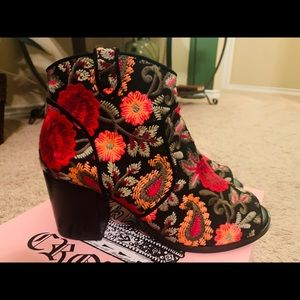 Crown Vintage Frankie Embroidered Booties